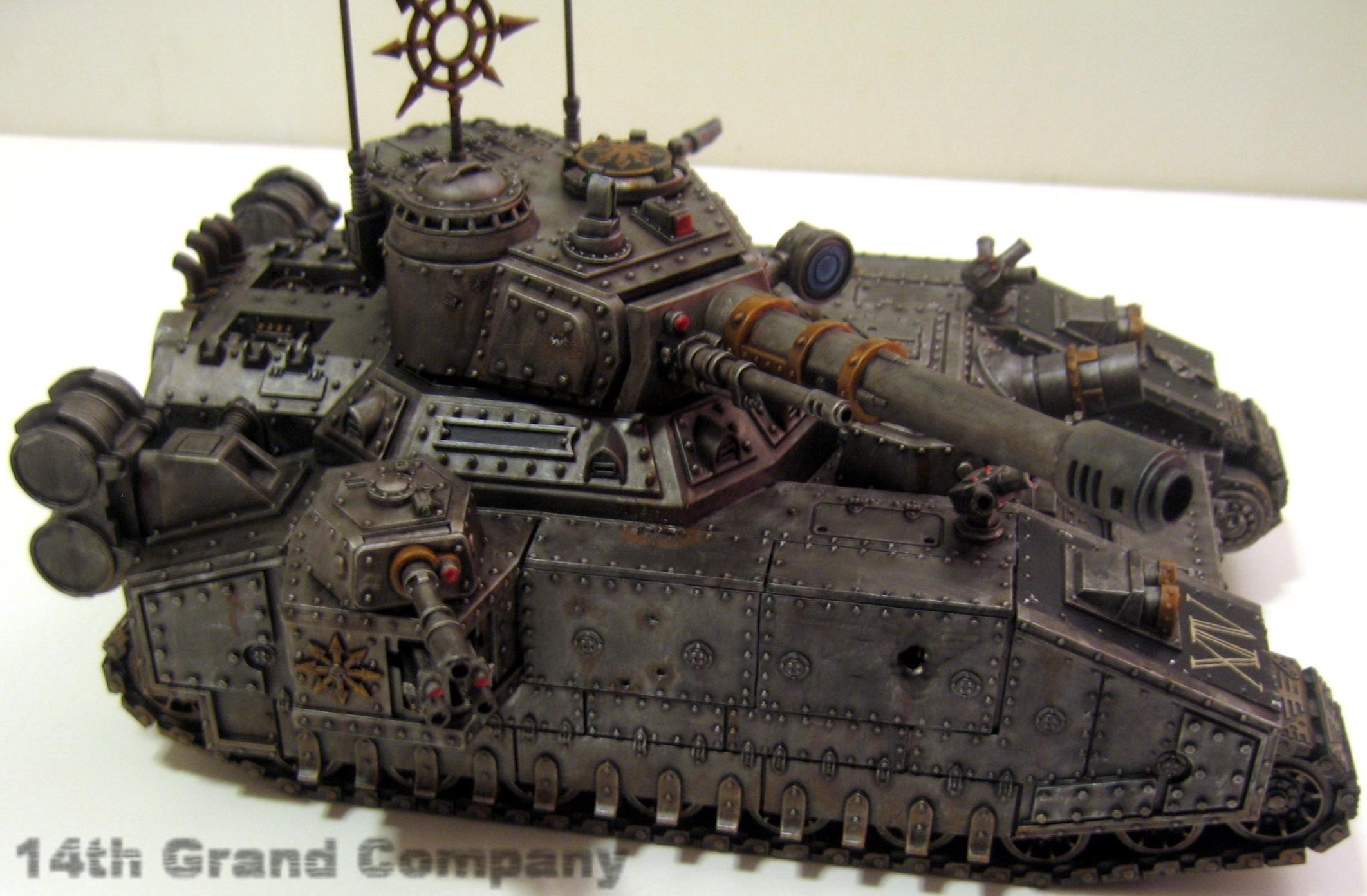 Olbrzymi czołg Baneblade w wersji chaosyckiej.